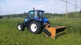 getlinkyoutube.com-New Holland T4.105 Super Steer + Trinciastocchi Berti TSB 230