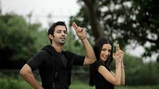 getlinkyoutube.com-Sanaya Irani & Barun Sobti reunited at Main Aur Mr. Riight party