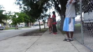 getlinkyoutube.com-Hood fight let me get my that phone