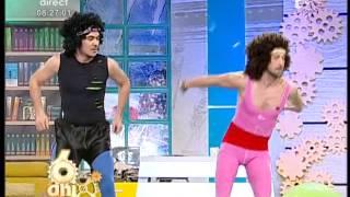 getlinkyoutube.com-Răzvan și Dani, exerciții de fitness și multă distracție