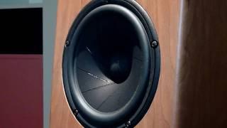 getlinkyoutube.com-Scanspeak 18W/4531G00 Drums
