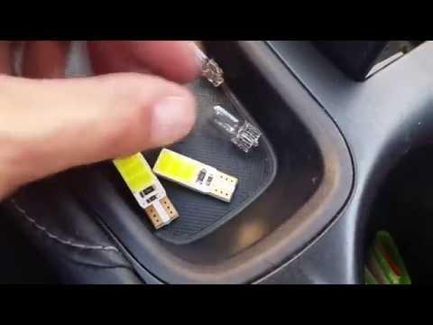 Lexus CT200H - Замена ламп салона на светодиодные