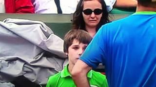 getlinkyoutube.com-Tennis Ball Boy Really Bad Mistake Murray Troicki tennis Match