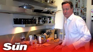 getlinkyoutube.com-A Day in the Life of David Cameron