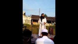 getlinkyoutube.com-KHUTBAH IDUL ADHA UST SYAFIQ RIZA BASALAMAH 10 DZULHIJAH 1436
