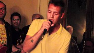 "Paolo Nutini singing ""I'd Rather Go Blind"" at Barga Jazz Festival 2011"