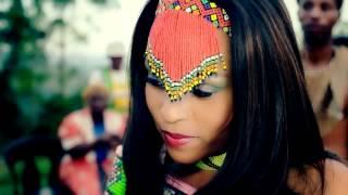 getlinkyoutube.com-Induku Enhle-Bucie ft Demor Sikhosana