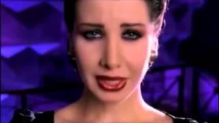 getlinkyoutube.com-Nancy Ajram   Lamset Eid Official Clip نانسي عجرم   فيديو كليب لمسة إيد