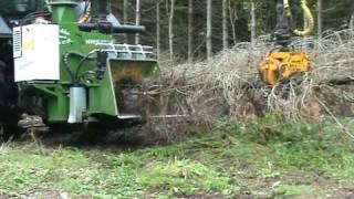 getlinkyoutube.com-Tocator de crengi forestier - NHS 300f