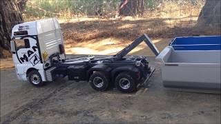 getlinkyoutube.com-RC TRUCKS MAn 6x6 Multilift WEDICO y Scania 8x8 off Road tAMIYA ( Diorama Camiones Rc Zona Centro)