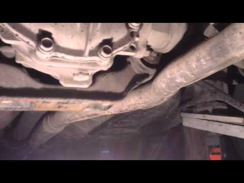Caldina 4WD ST195  умерла подушка заднего редуктора