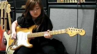 getlinkyoutube.com-Deep Purple Burn 桜花 10歳 ギター 少女