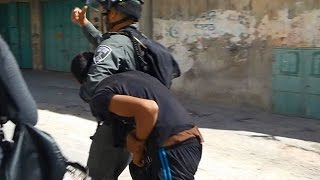 getlinkyoutube.com-Palestinian boys, brutally arrested by Israeli forces.