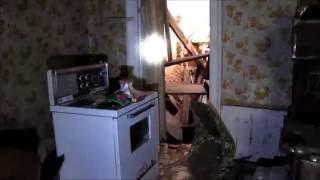 getlinkyoutube.com-Urban Exploration: Old Abandoned Collapsing House