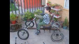 getlinkyoutube.com-Auto a pedales hecho en casa. (Home made pedal car)