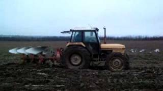 getlinkyoutube.com-Marshall 904XL tractor plowing. Denmark