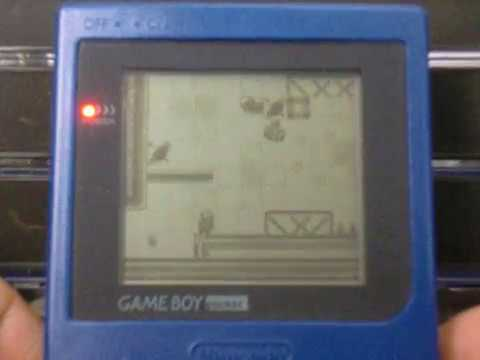 42/99: Escape 2042 - Futuristic fast-paced platformer for Gameboy !