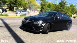 getlinkyoutube.com-Mercedes Benz C63 AMG Black Series Wipeout (Loses Control)