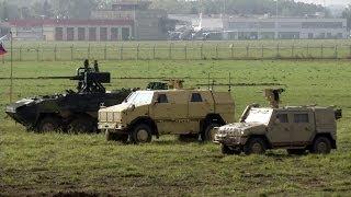 getlinkyoutube.com-Dny NATO 2013 - Vozidla Dingo, Iveco a Pandur