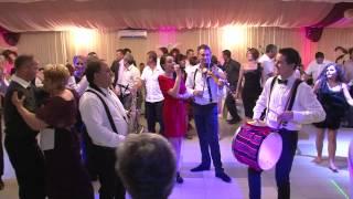 getlinkyoutube.com-Formatia Fiesta din Bacau - Sarbe moldovenesti 2012 (Clip 1)