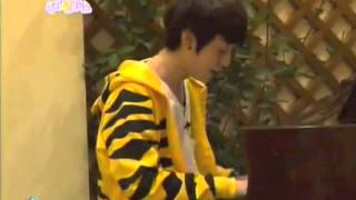 getlinkyoutube.com-Ulzzang Park Hyung Seok sings ''Nothing Better''