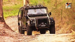 getlinkyoutube.com-Land Rover 007 Spectre Defender (200 hp Power Diesel) Full HD