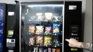 getlinkyoutube.com-Life Hack - How to Make a Vending Machine Exchange Money