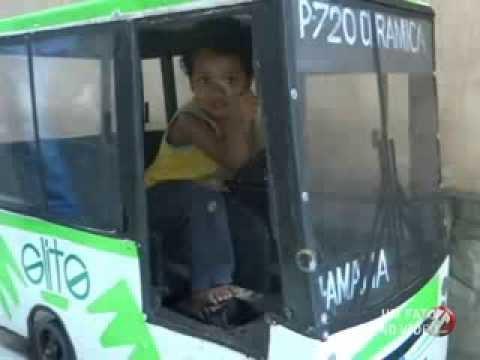Tv Voz - Um Fato no Vídeo - Mini Ônibus da viação Elite de brinquedo