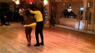 getlinkyoutube.com-Robert and Delia 'Anaya' debut Caramelo