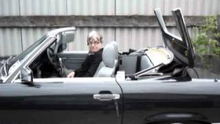 getlinkyoutube.com-Power Operated Soft Top on Mercedes R107 280-560SL (1971-1989)
