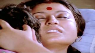 getlinkyoutube.com-om puri and debashree bed scene - super hot shot