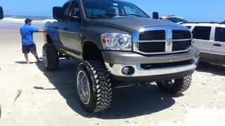 getlinkyoutube.com-(Lifted trucks) New Smyrna Beach TRUCK MEET