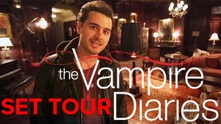 getlinkyoutube.com-The Vampire Diaries: Take a tour of the set (Damon's bedroom included!)
