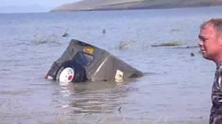 getlinkyoutube.com-Uaz submarine