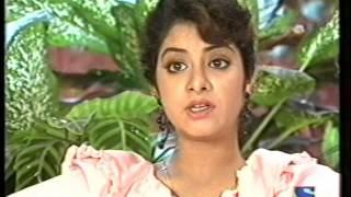 getlinkyoutube.com-Divya Bharti- Live