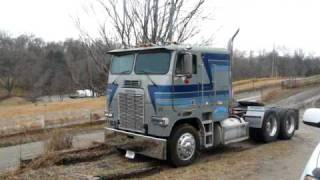 getlinkyoutube.com-85 Freightliner COE