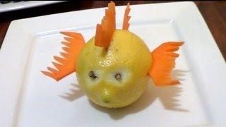 getlinkyoutube.com-Cómo hacer un pescado con un limón y zanahoria - Arte con frutas - La receta de la abuelita