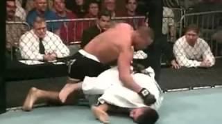 getlinkyoutube.com-Boxing vs Jiu Jitsu (Full Contact Cage Fight)
