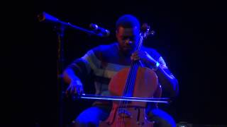 "getlinkyoutube.com-Kevin Olusola Cello-boxing - ""Julie-O"" - Pentatonix Concert in Chicago 11/14/12"