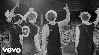getlinkyoutube.com-5 Seconds of Summer - What I Like About You: Live At The Forum
