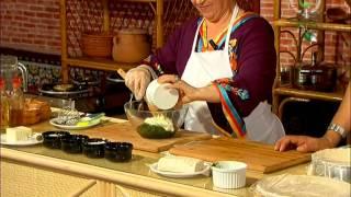 getlinkyoutube.com-latifa tlemcenia ( mokdad) salade el dif & baklawa d'epinard ..ch4 kabyle