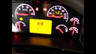 getlinkyoutube.com-Viewing Diagnostic Codes in a 2014 Volvo Truck