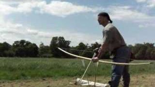 getlinkyoutube.com-First Try with a 123lb Yew Longbow - Video 12