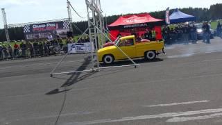getlinkyoutube.com-Syrena Rolnicza vs. Syrena Cabrio - Wilcze Laski 2015
