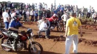 getlinkyoutube.com-1° Arrancada de motos  pista de terra  Vila Oliva CXS