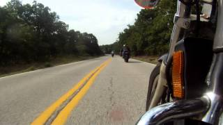 getlinkyoutube.com-How to ride a 1994 Honda Magna like a sportbike!