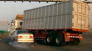 getlinkyoutube.com-Best Truck Crashes in Asia - Truck Accidents Compilation (2)