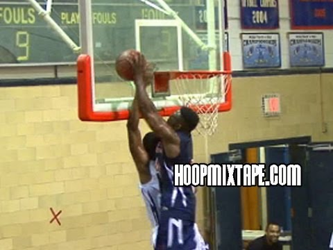 5'6 Aquille Carr Catches The Oop And Pins A Shot Off The Backboard!