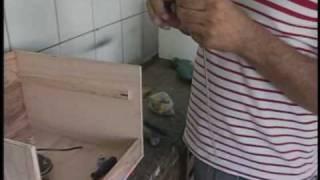 getlinkyoutube.com-Clube Rural mostra como fazer uma chocadeira manual