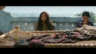 A Touching scene in Raavanan Prime Star  Priyamani & Chiyan Vikram.mp4